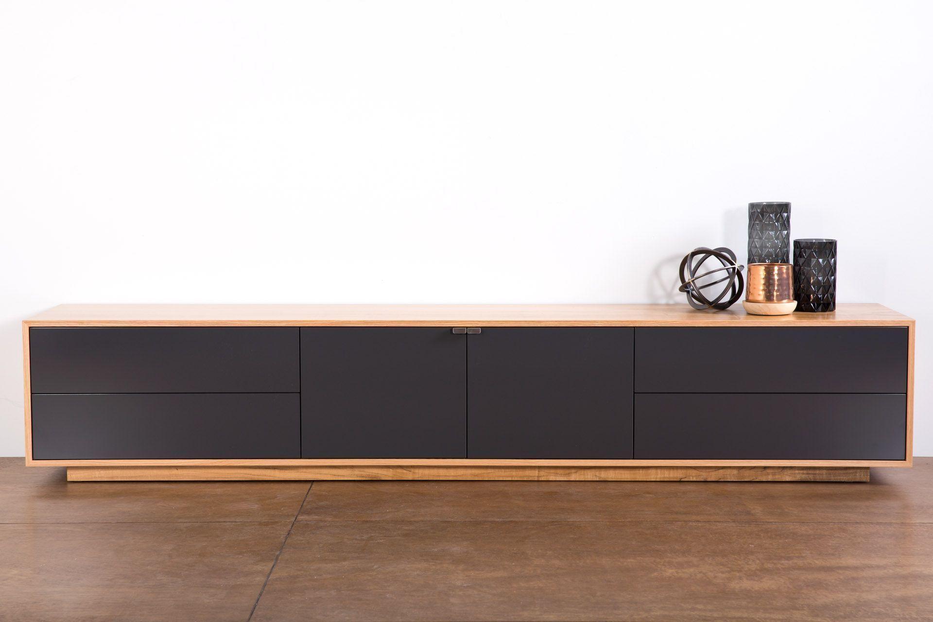 Tribeca 2400 Lowline Tv Gerat Entworfen Und Hergestellt Hier In Wa Mass Angef In 2020 Lowline Tv Unit Tv Unit Lifestyle Furniture