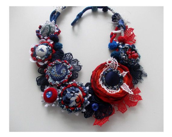 Little Treasures: Accessories Lilit - Textile Jewelry Art to Wear