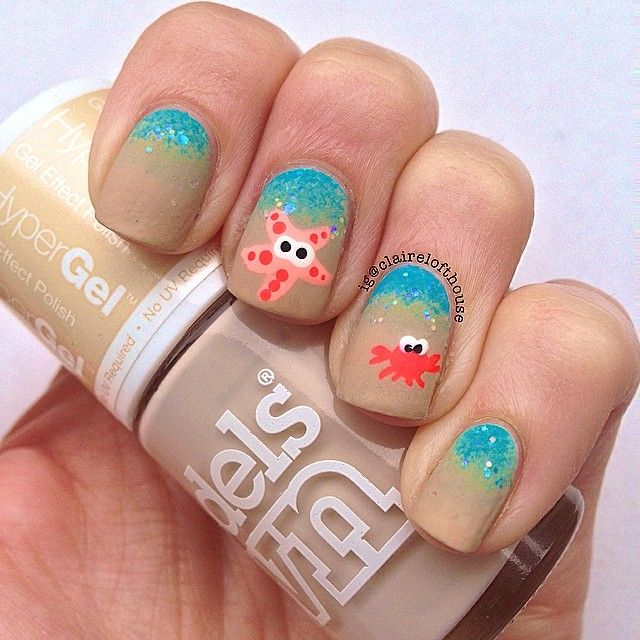 star fish & crab beach nails