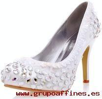 Zapatos de novia de seda sintética blanca con pedrerías PKjPU0K