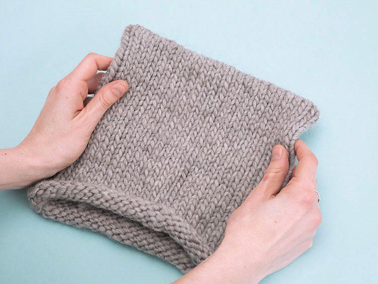 diy anleitung super einfache m tze mit katzen hrchen aus dicker wolle stricken via. Black Bedroom Furniture Sets. Home Design Ideas