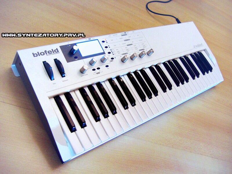 Waldorf blofeld keyboard synth