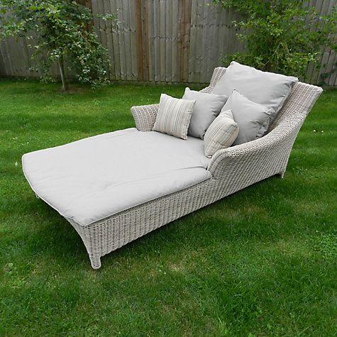 4 Seasons Outdoor Valentine Sun Lounger Pure Pallet Furniture Outdoor Sun Lounger Outdoor Living Diy