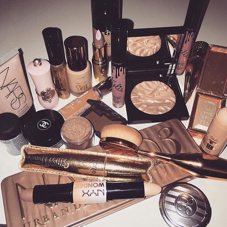 Makeup Bag Cake Pinterest