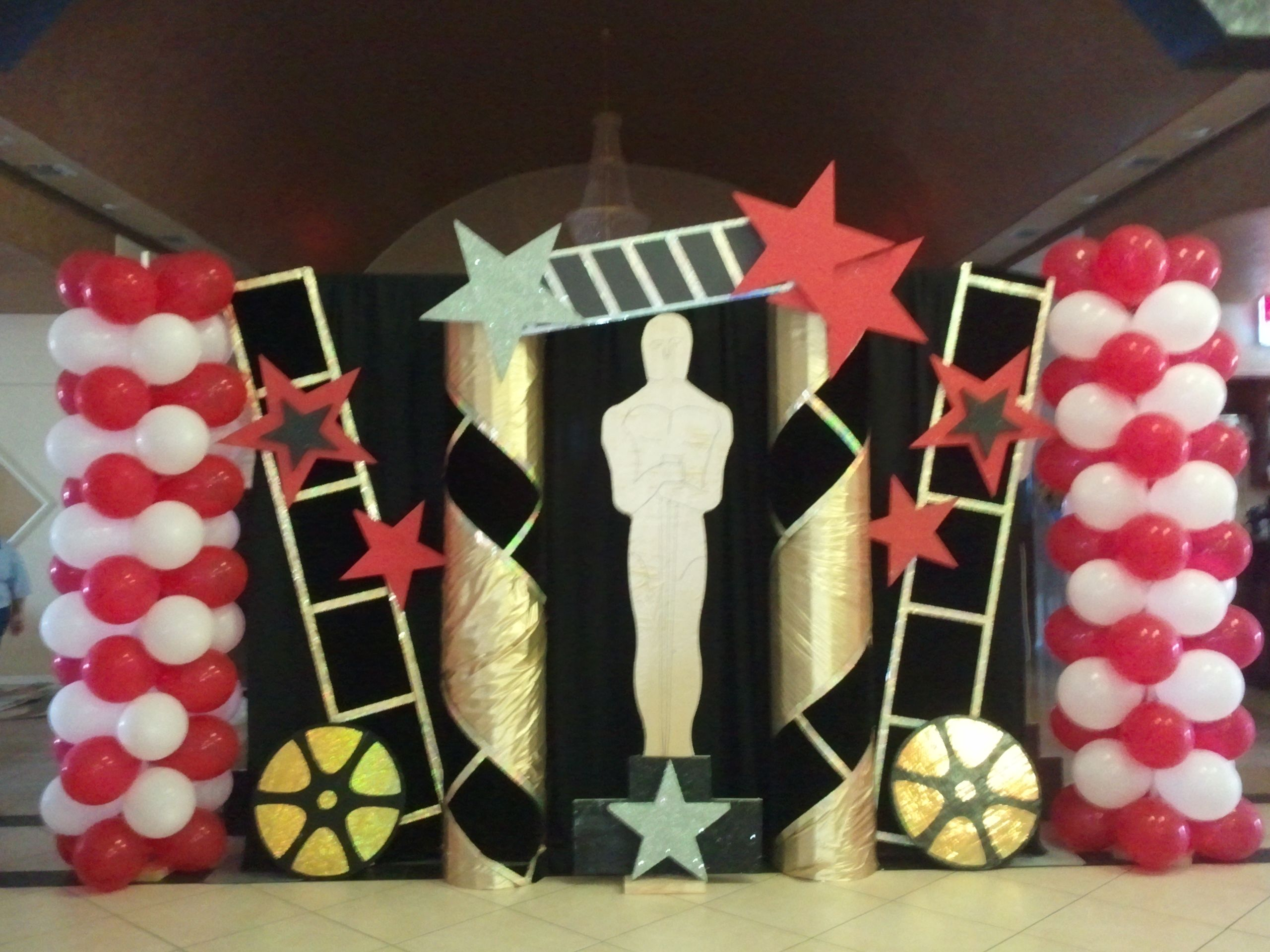 Hollywood theme graduation party backdrop events for Party backdrop ideas