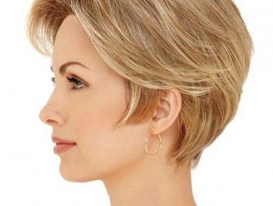 15 Short Straight Hairstyles for Round Faces | Straight hairstyles ...