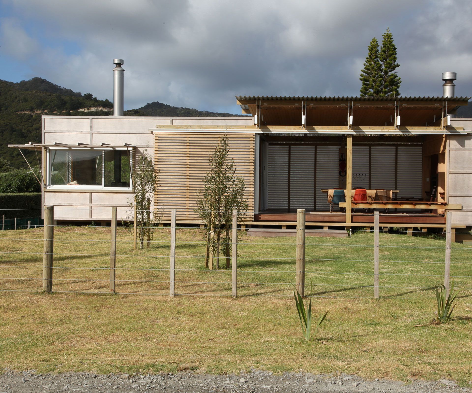Be in to win an outdoor furniture package worth 5000 - Architect designed modular homes nz ...