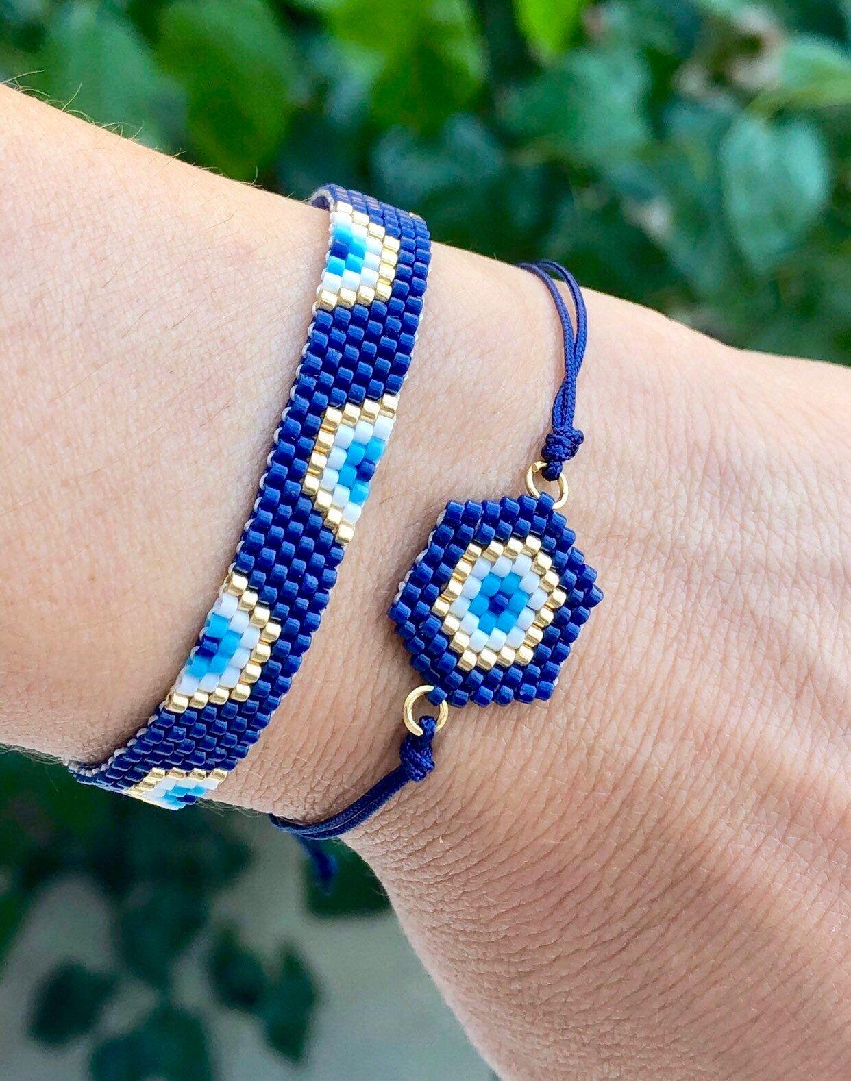 Blue bracelet in miyuki beads