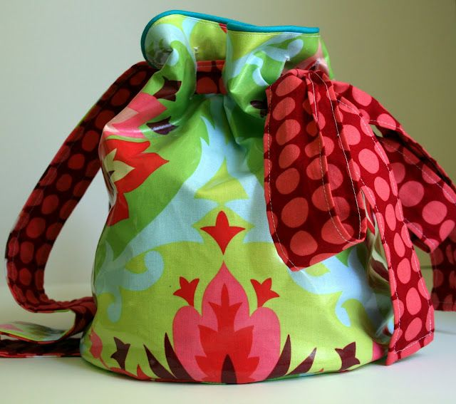 Oilcloth back pack tutorial, no mud or stains! Plus brilliant simple tip - how to machine sew oilcloth