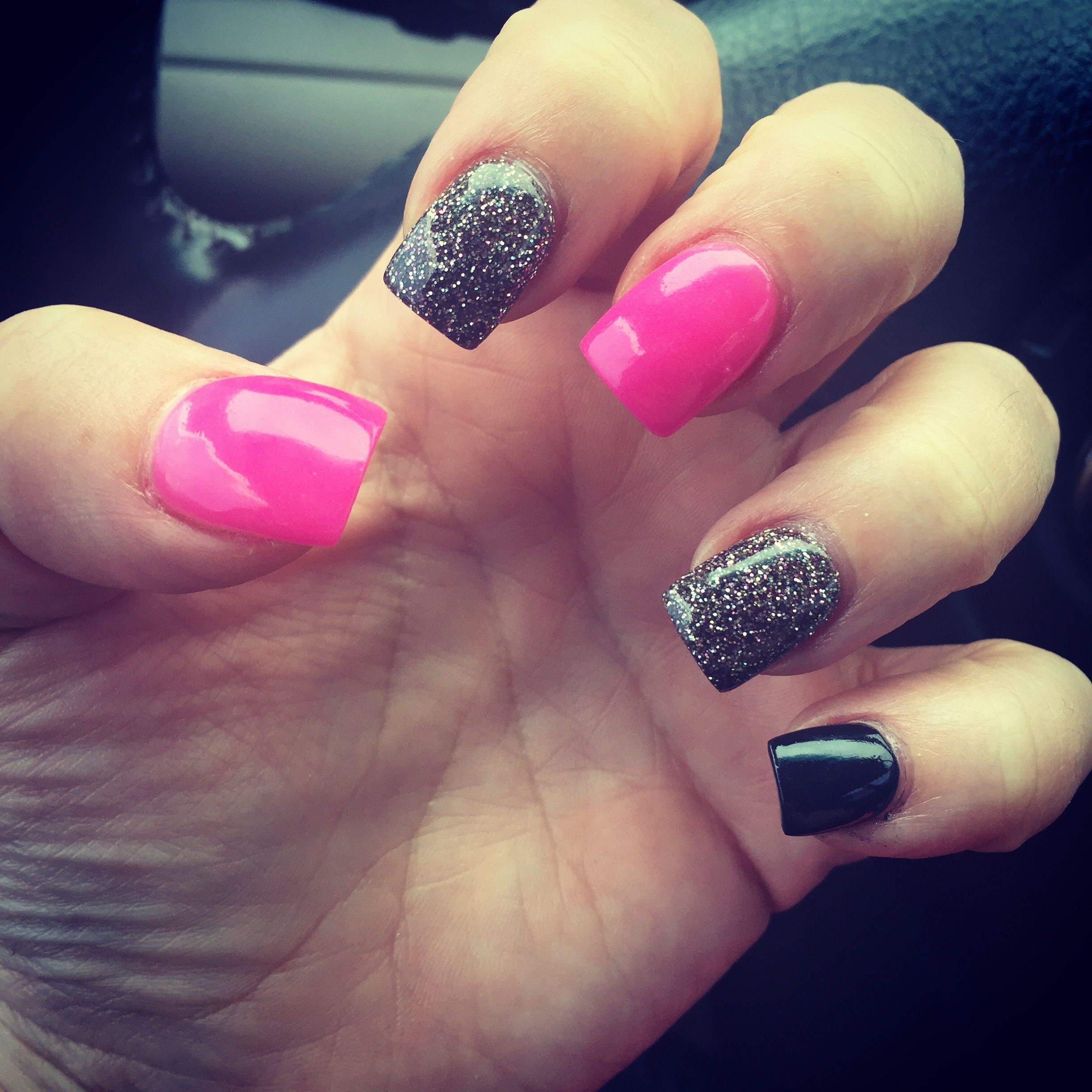 Hot pink, dark grey glitter with black | Nails | Pinterest | Dark ...
