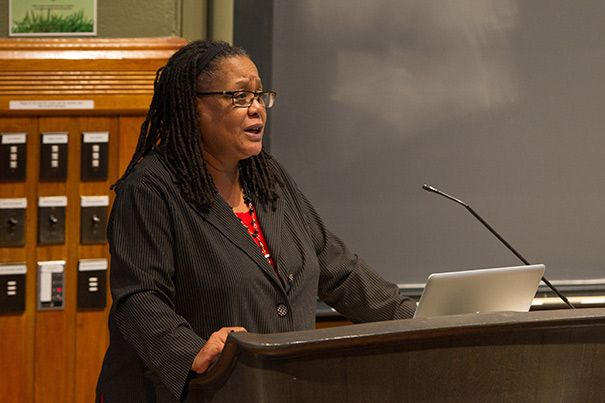 Evelynn Hammonds, the Harvard dean who handled the search of some faculty members' e-mail accounts will step down. http://news.harvard.edu/gazette/story/2013/05/dean-release-july/