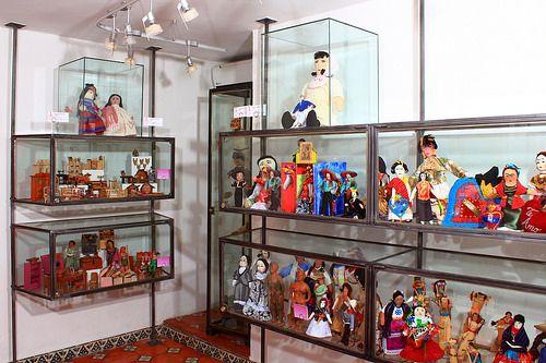 El Museo del Juguete Popular Mexicano, se creo con el propósito de dar a conocer más de mil objetos coleccionados por mas de 50 años, teniendo como finalidad el poder construir un espacio educativo para valorar el juego como estimulo de la imaginación.