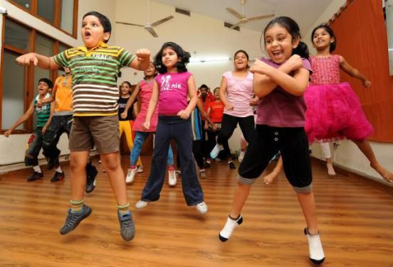 4g Global Performers Provides Best Western Dance Classes In East Of Kailash For Salsa Bollywood Contem Kids Dance Classes Music For Kids Kids Dance