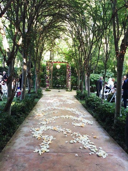 Real Wedding: Teresa and Mahyar's Fairytale Outdoor ...