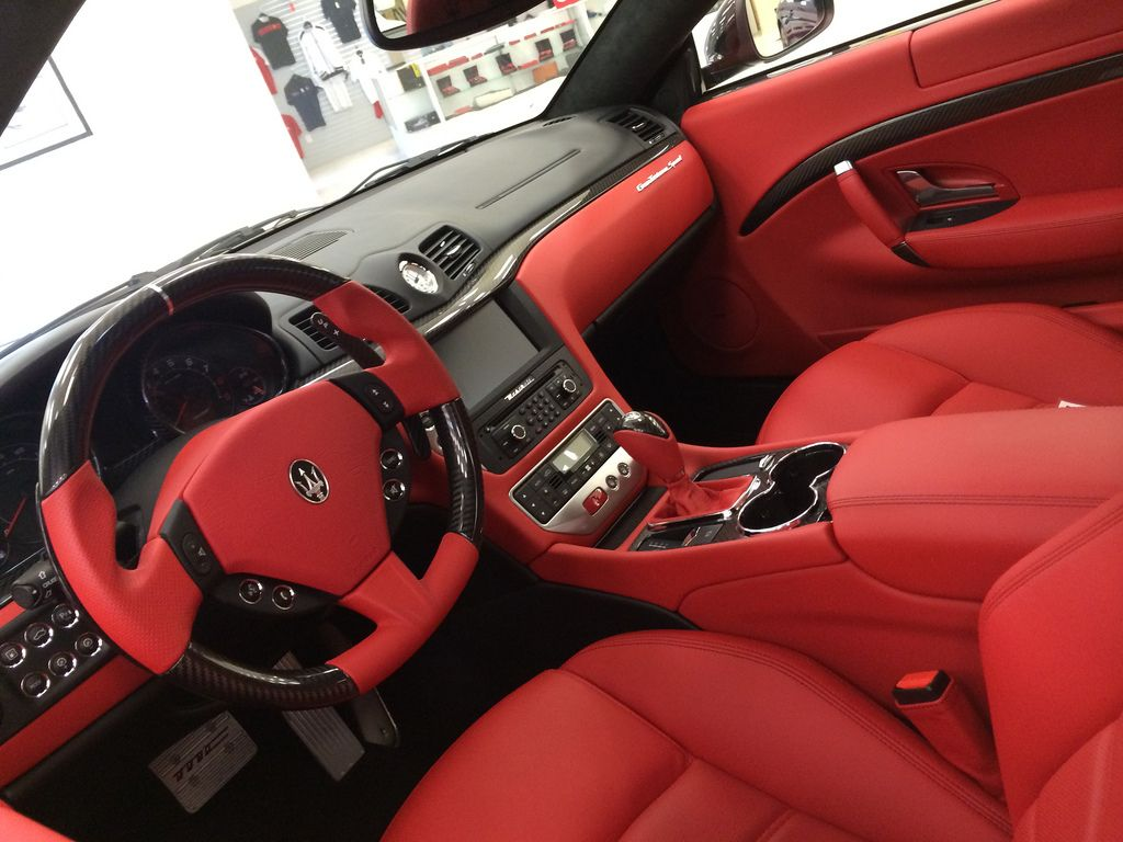 White maserati granturismo red interior google search for Maserati granturismo s interieur