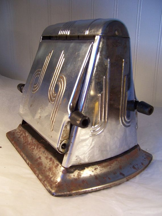 Vintage Toaster With Stainless Steel Mirror Finish And