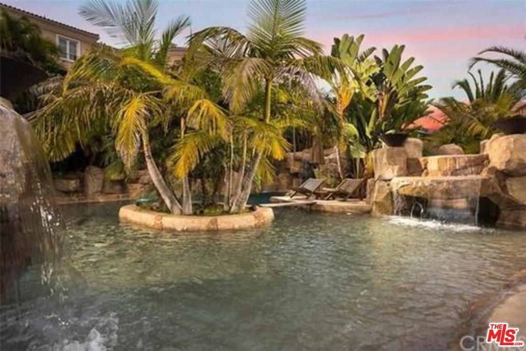 homes for sale in san juan capistrano with pool