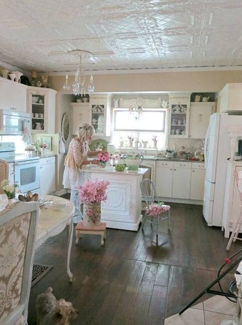 charme shabby chic cuisines youll ne voudrez jamais quitter french country interior. Black Bedroom Furniture Sets. Home Design Ideas