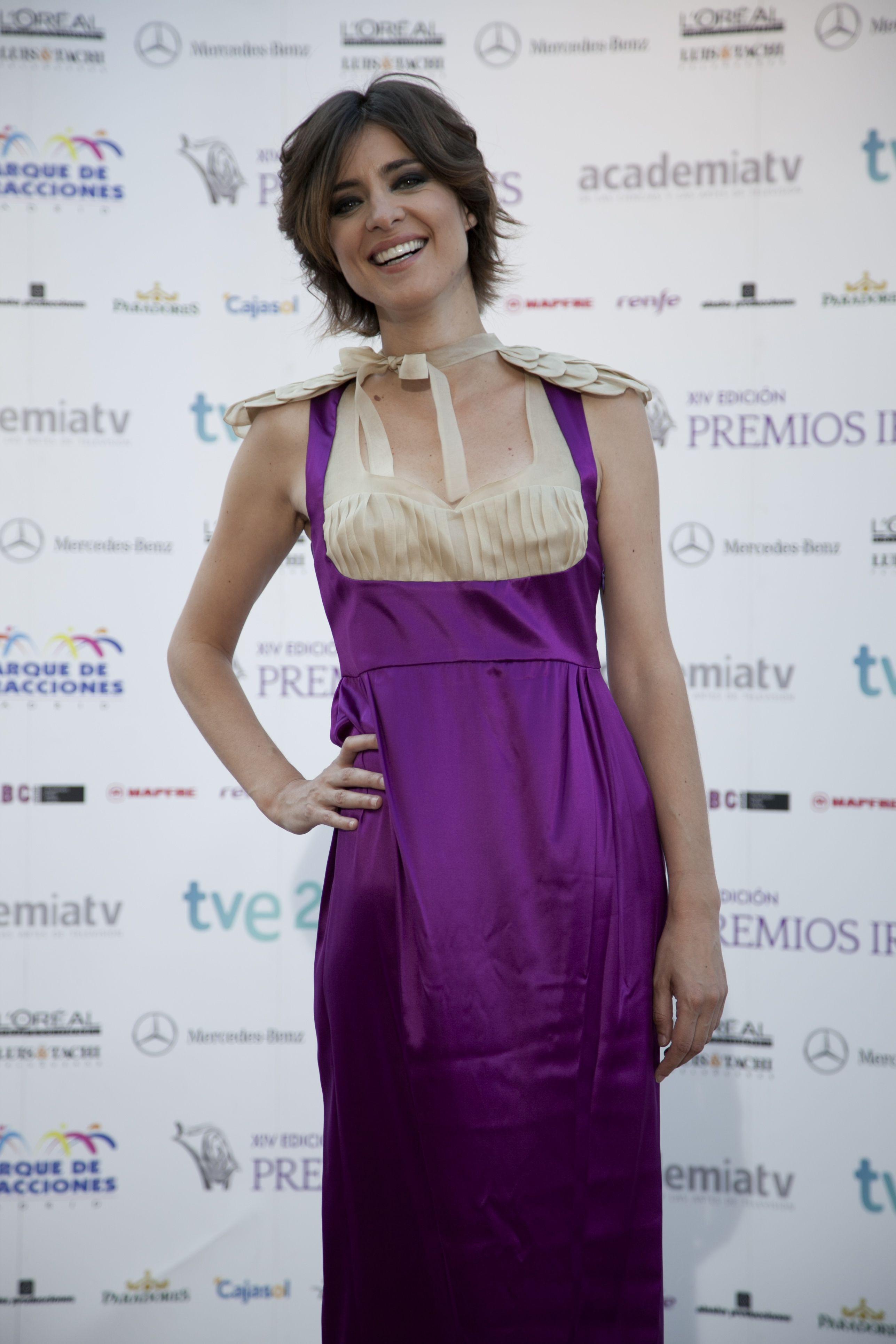 Sandra Barneda with dress Josep Font   Garments Josep Font ...
