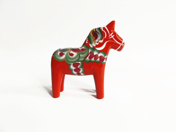 Small swedish red dala horse by MoineauShop on Etsy
