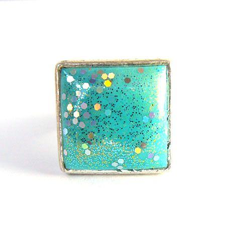 Bague carrée en métal argenté et argile polymère turquoise : Collier par commeilvousplaira