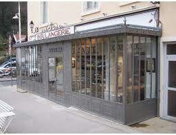 Epingle Par Sandrine Aitbedda Sur Salon Coiffure Maison Veranda Verriere