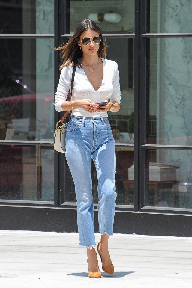 Alessandra Ambrosio shows us how to style the most flattering pair of jeans