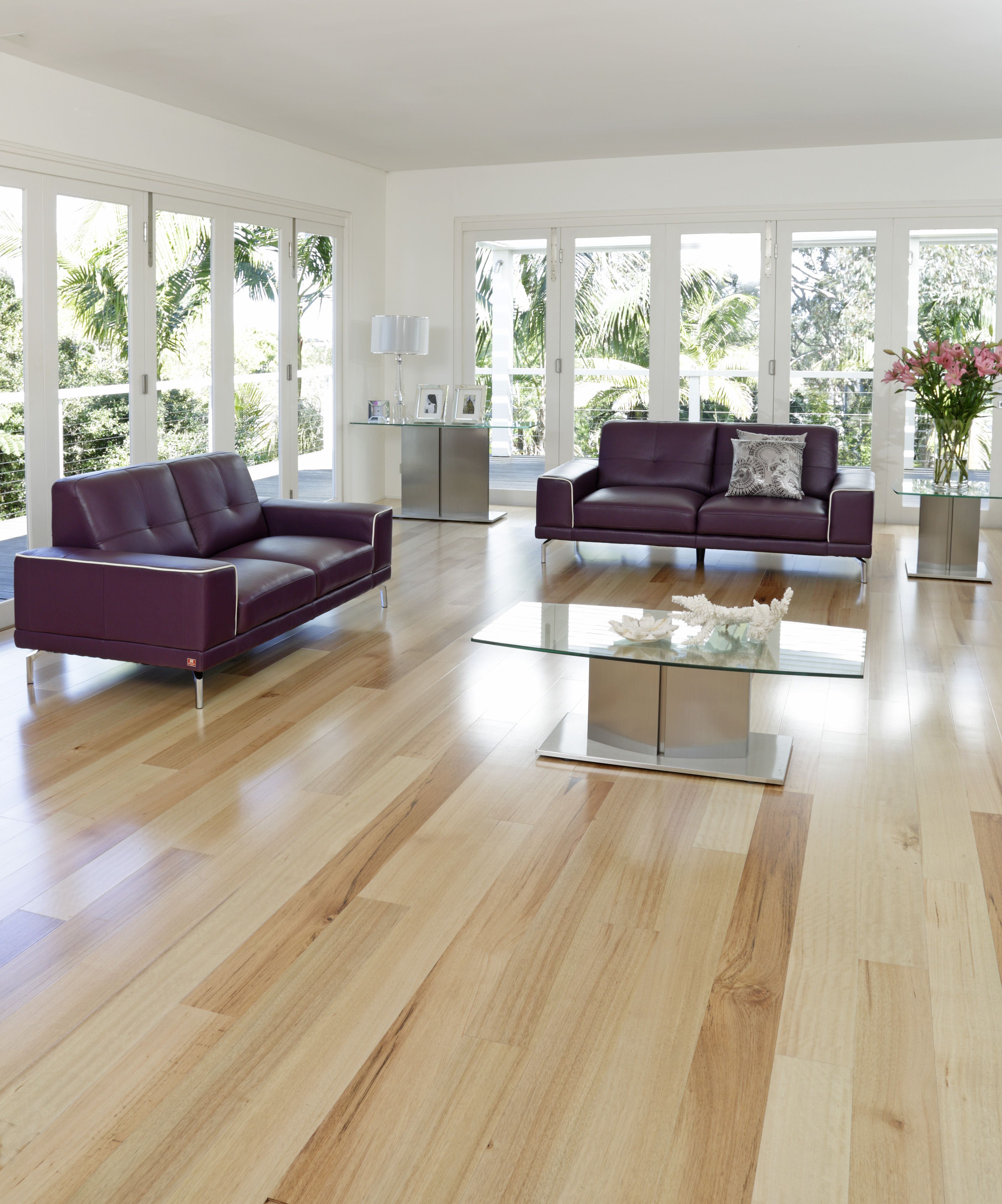 Timbermax Hardwood Flooring Tasmanian Oak Love This Flooring So Light And Bright Light Oak Floors Living Room Wood Floor Light Wood Floors #oak #floor #living #room