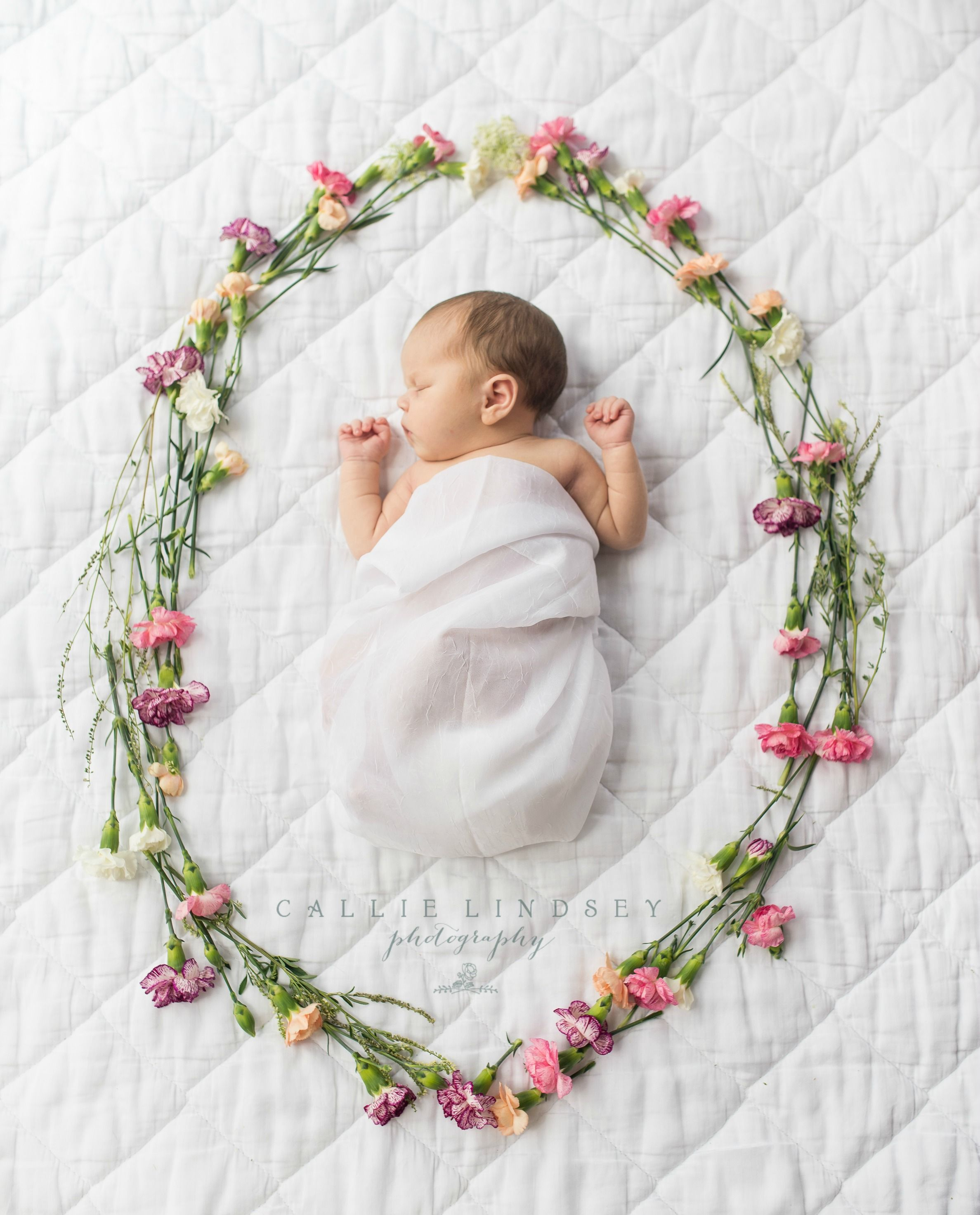 New Baby Floral Gift Ideas : Flower wreath newborn photography