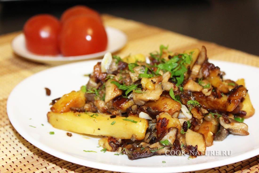 Жареные вешенки с картошкой | Национальная еда, Кулинария ...