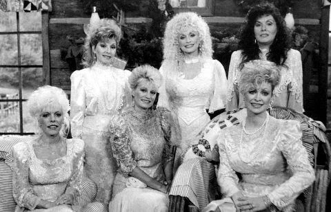 Dolly Parton With Her Sisters Dolly Parton Dolly Parton
