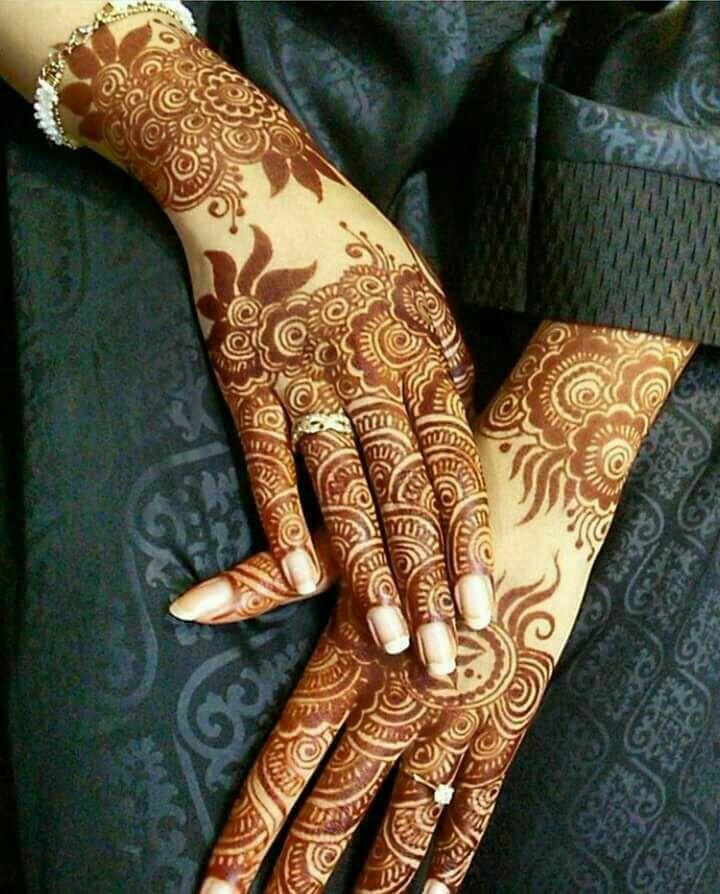 Henna Stain Aaliyah S Elegant Henna Mehndi Designs Mehndi