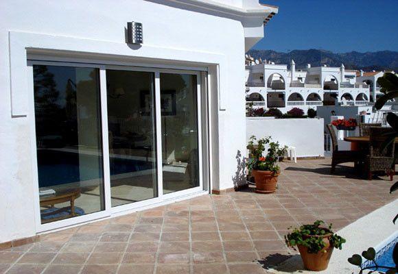 Puertas de cristal para terrazas buscar con google - Puertas para terrazas ...