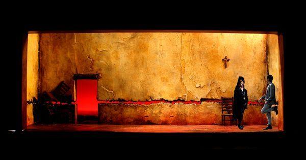 blood wedding - blood wedding --- #Theaterkompass #Theater #Theatre #Schauspiel #Tanztheater #Ballett #Oper #Musiktheater #Bühnenbau #Bühnenbild #Scénographie #Bühne #Stage #Set