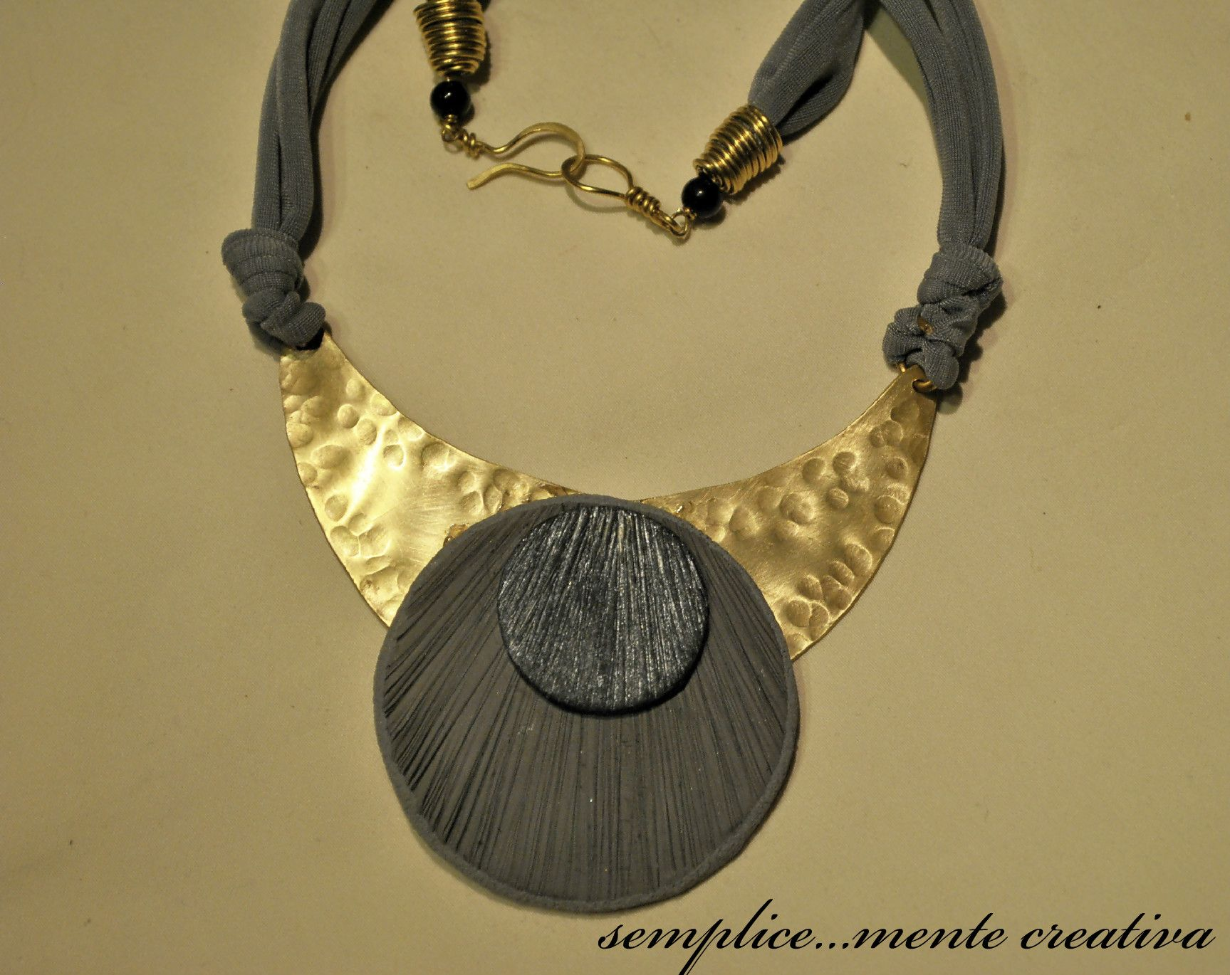 Collana in pasta polimerica ed ottone lavorato a mano - polymer clay  and brass handmade necklace