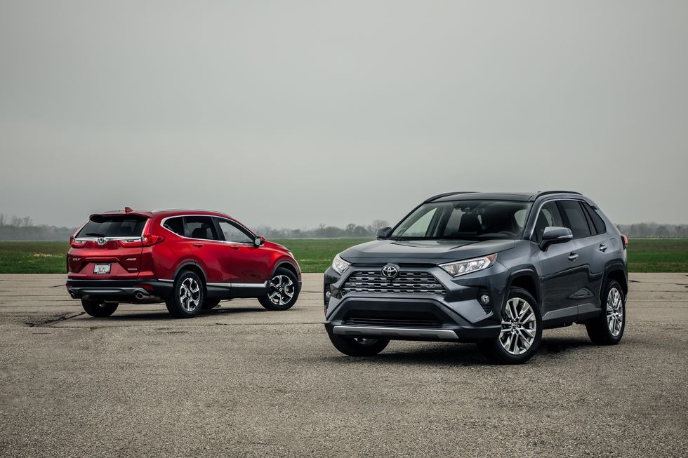 2019 Honda CRV vs. 2019 Toyota RAV4 Which Compact SUV Is