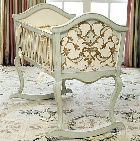 European Styled Luxury New Born Baby Bed Solid Wooden Baby Rocking Crib Antique Handmade Custom Made Wood Baby Rocking Crib Baby Cradle Wooden Luxury Baby Crib