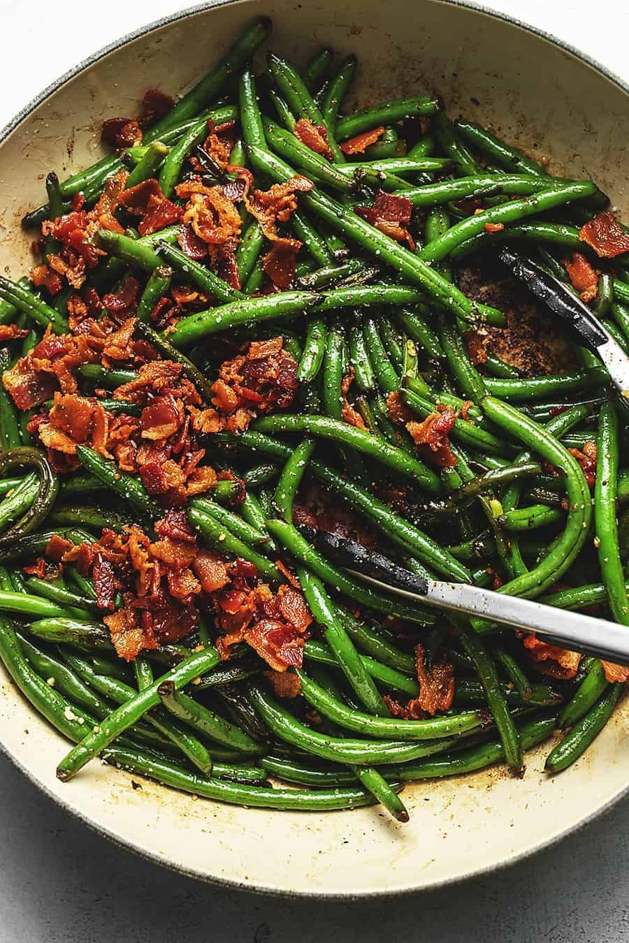 Keto Green Beans with Crispy Bacon • Low Carb with Jennifer These keto green beans with crispy b