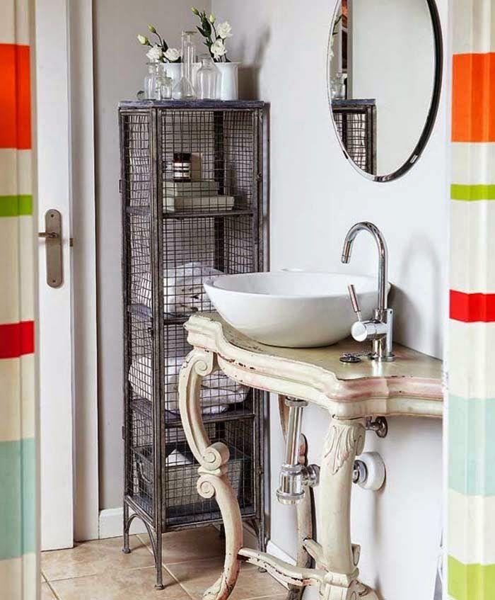 That sink unit... #Baroque #Table #ShabbyChic