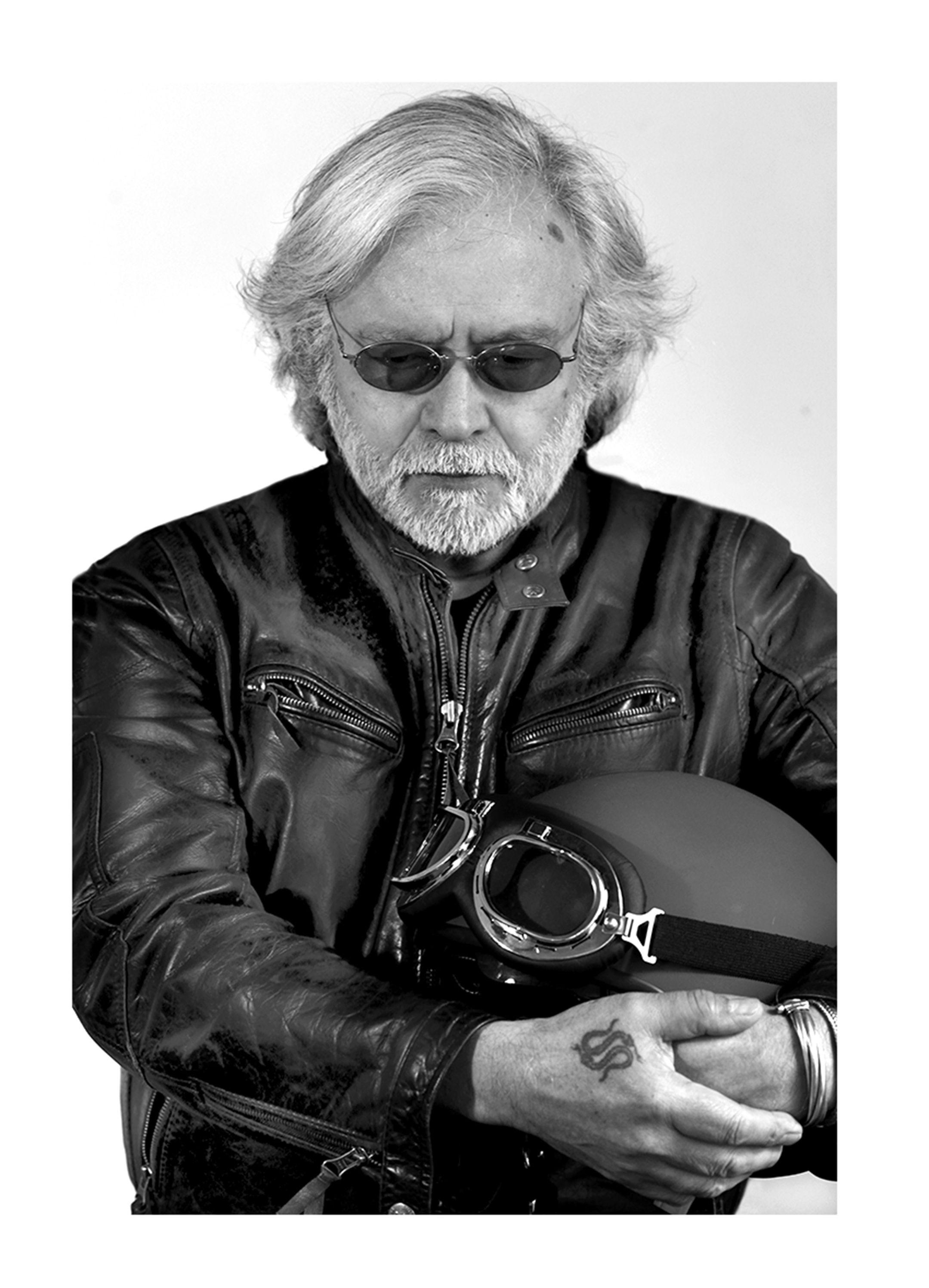 Patricio Estay - Filmmaker & Photographer. Backstage Ernesto\'s Road ...