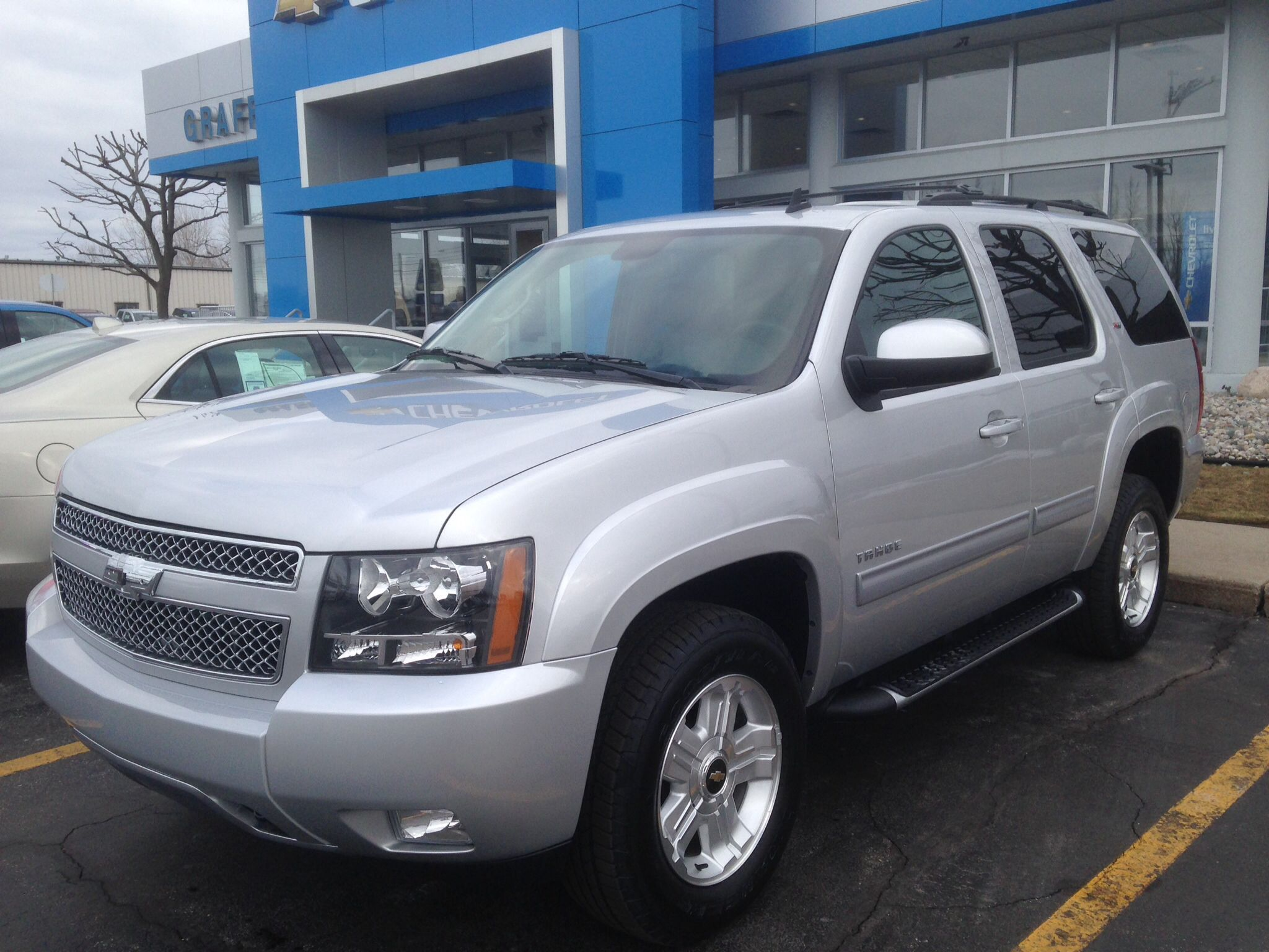 2014 chevy tahoe z71 silver ice