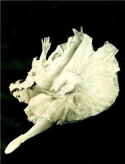 Майя Плисецкая. Жизнь великой балерины в фотографиях ...