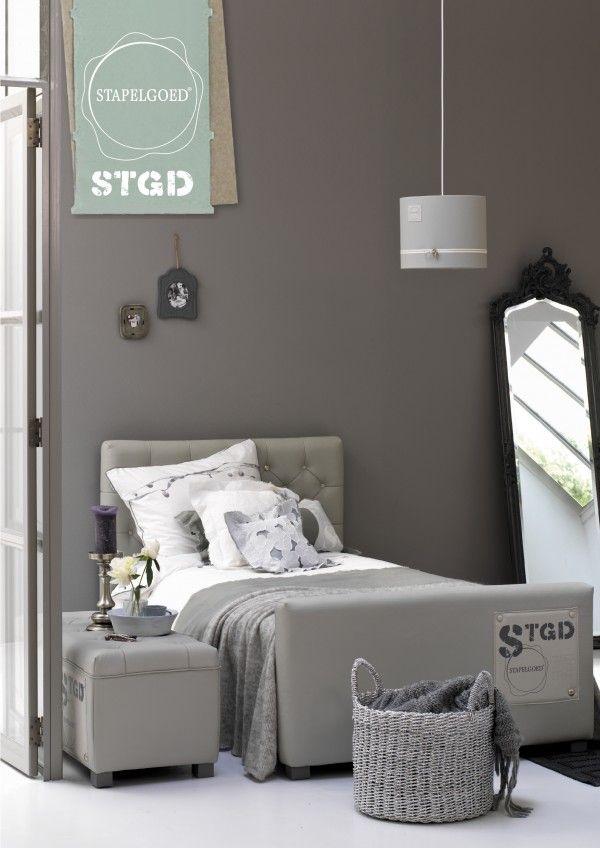 Stoere meidenkamer in grijstinten zolder pinterest slaapkamer tienerkamer en tienerkamers - Tapijt tienerjongen ...