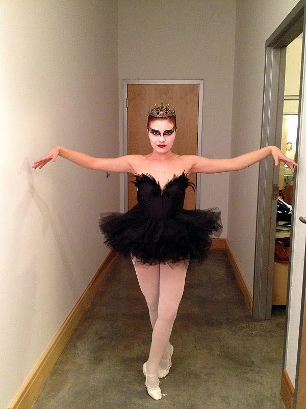 black swan }2{