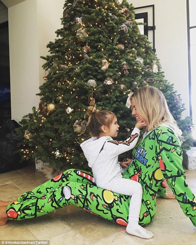Khloé Kardashian shares throwback snap in matching PJs with her family 550d9a32b