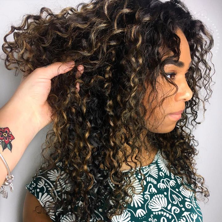 Hairstylists Predict The Gest Hair Trends Of 2017 Balayage Color On Long Natural Curly