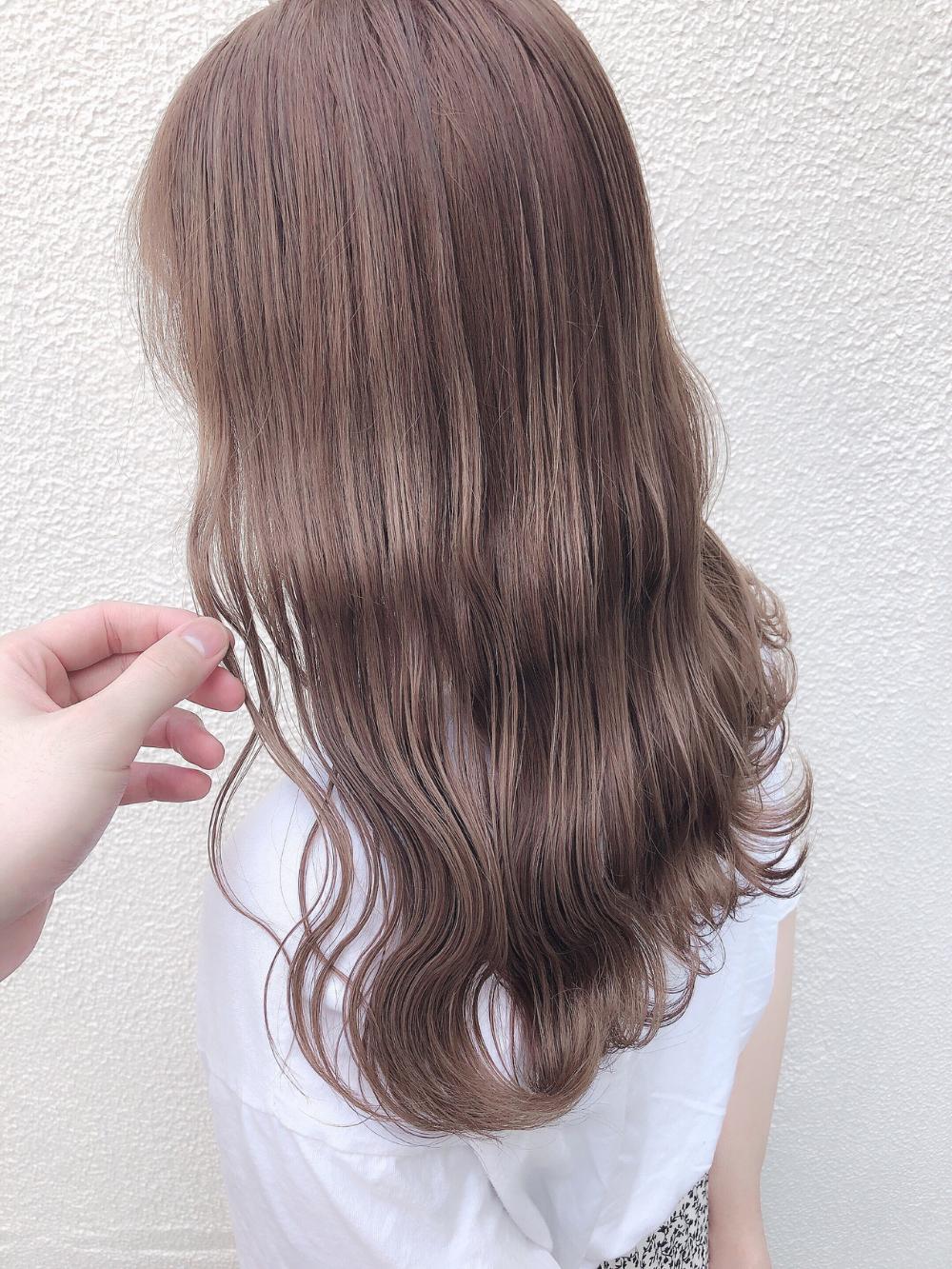 ベージュ 髪 色