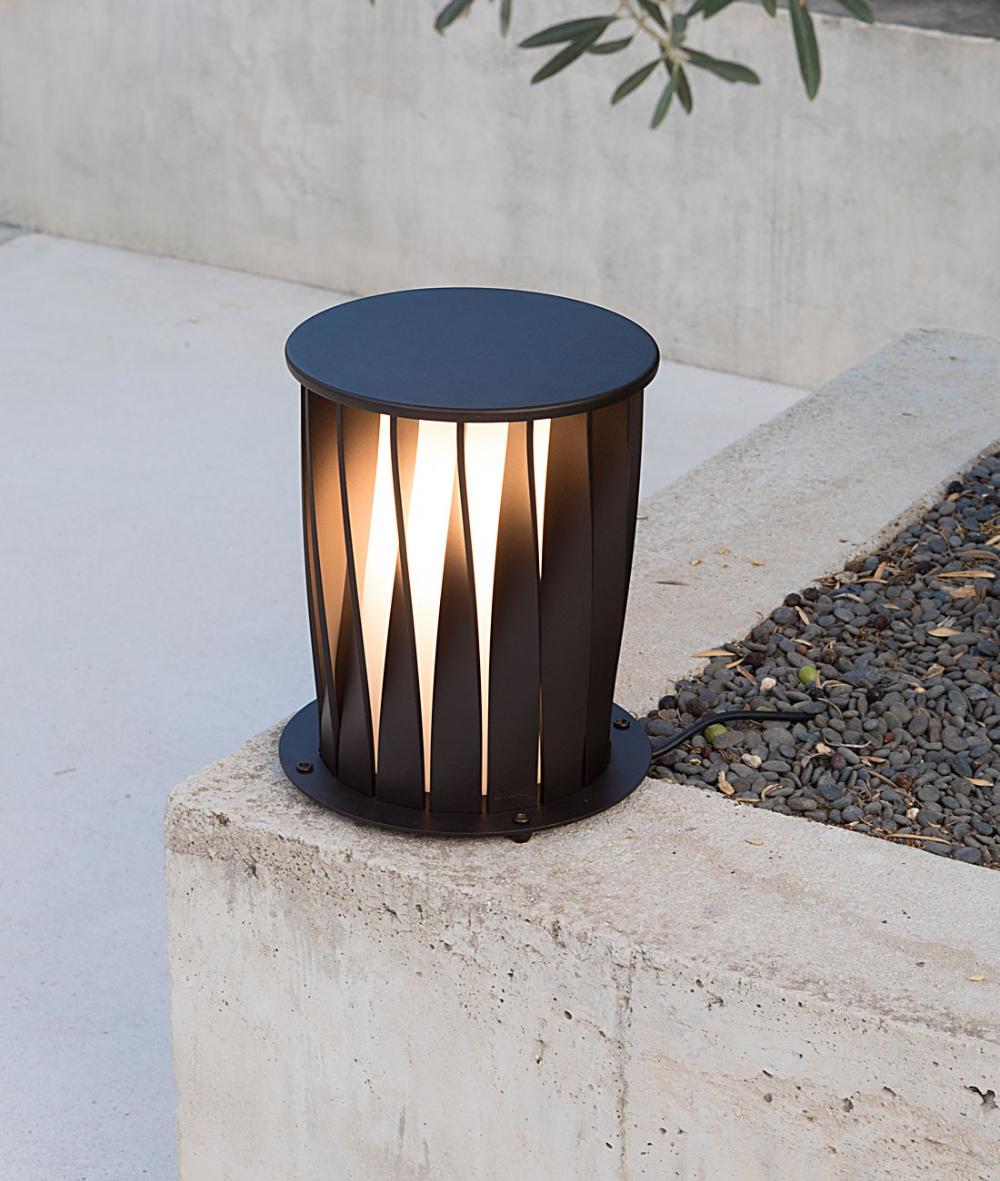 Lamp Aton H 32 Wired With Schuko Plug Unopiu Outdoor Unopiu Lighting In 2020 Lamp White Wall Lights White Lamp