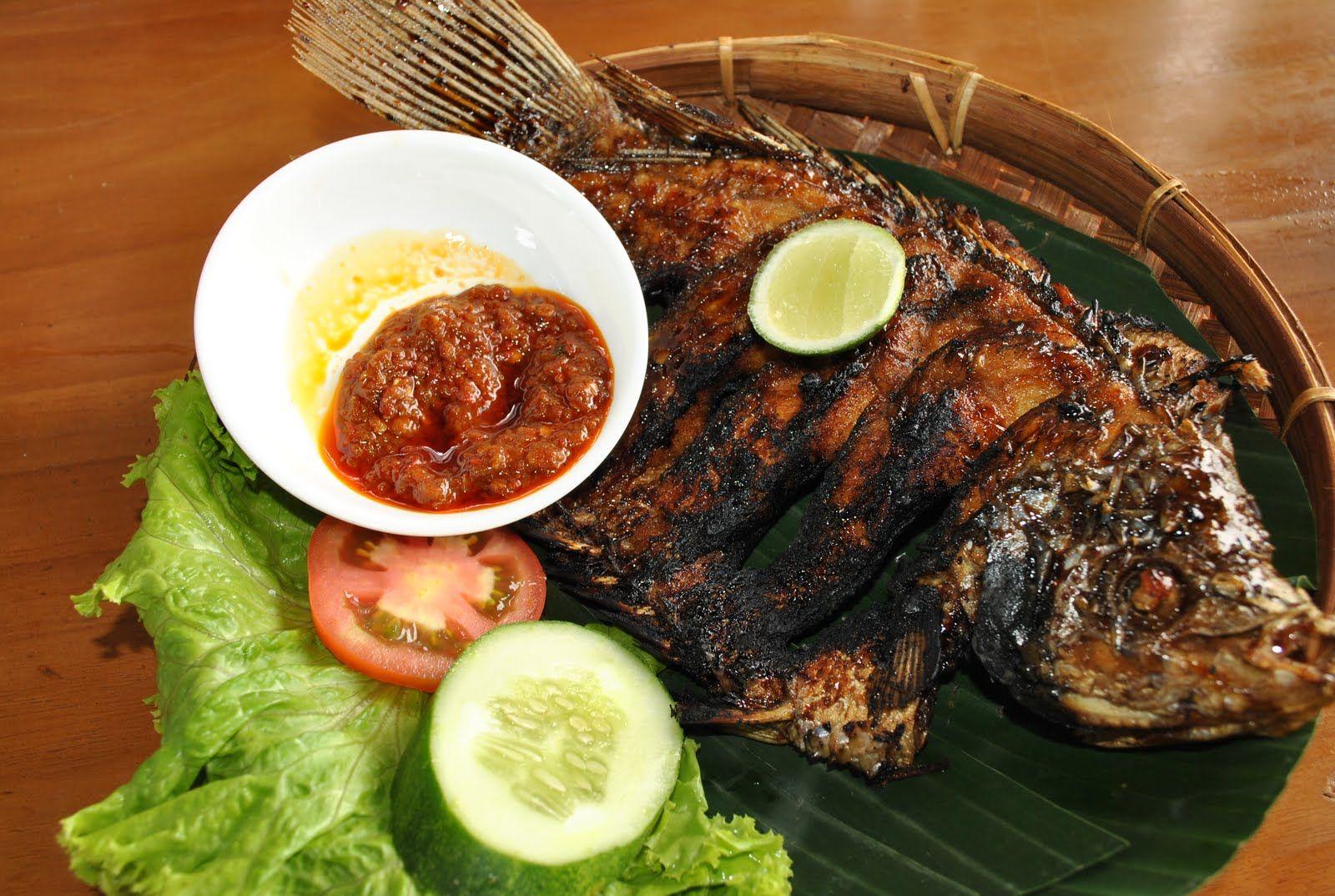 Grilled Gurame Carp Resep Ikan Bakar Resep Ikan Makanan