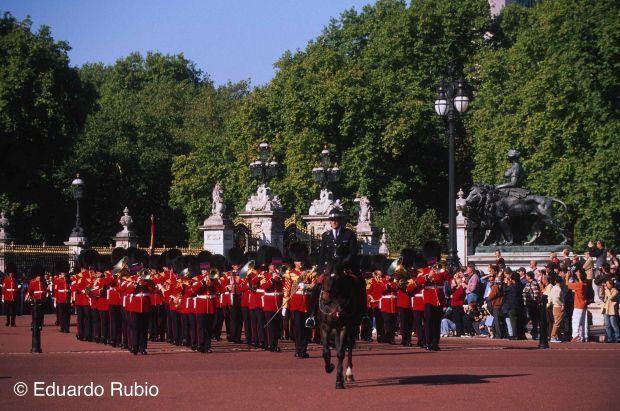 INGLATERRA Londres relevo guardia 2-imp